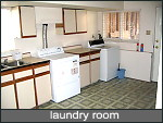 full size laundry room or utility room